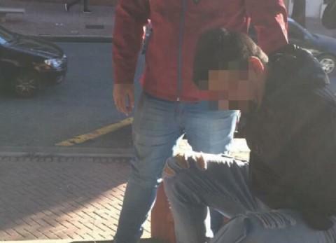 Cayó violador que vendía ropa por internet en el Parque Lezama