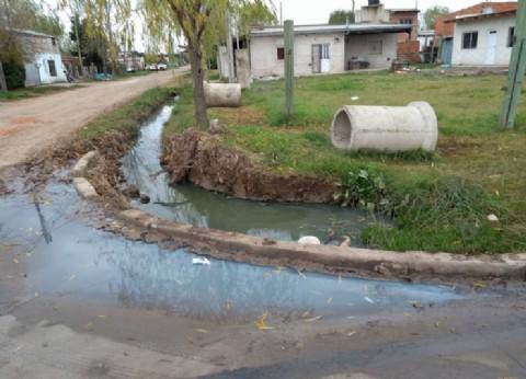 Chascomús: Error de cálculo inunda calles y forma cráteres en un barrio siempre castigado