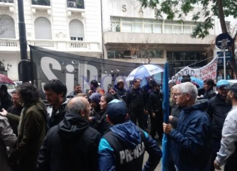 Denuncian la presión de Lombardi a la Justicia para callar al periodismo opositor