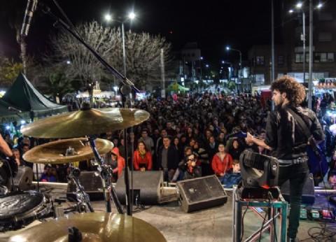 Miles de vecinos celebraron el 155 aniversario de General Rodríguez