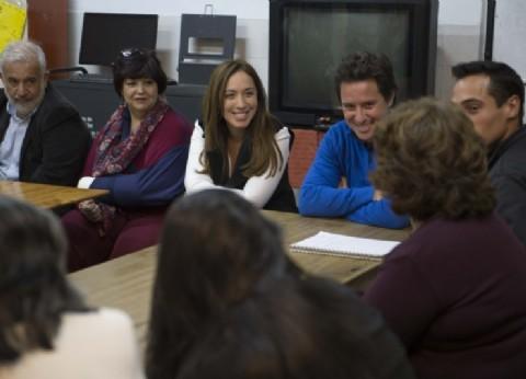 Vidal se reunió con alumnos adultos que finalizaron sus estudios secundarios