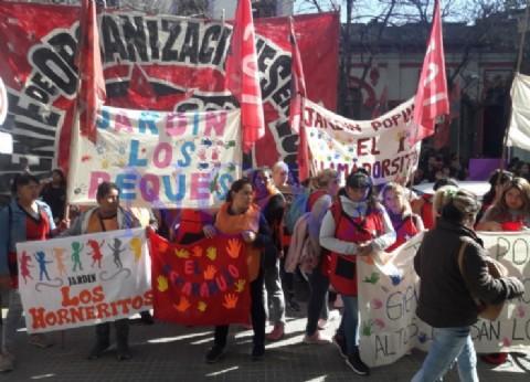 Organizaciones sociales protestaron frente a la cartera provincial de Desarrollo Social