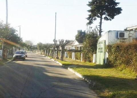 El Palomar: vecinos del Barrio Aeronáutico reclaman por los permanentes cortes de luz