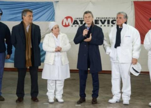 """Les """"congeló"""" el trabajo: cerró un frigorífico que había sido reinaugurado por Macri hace menos de un año"""
