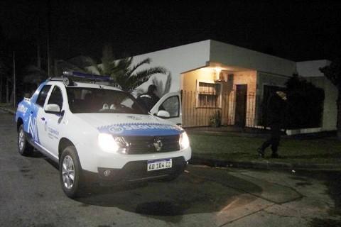Falsos pacientes balearon a una médica y mataron al padre en un consultorio particular