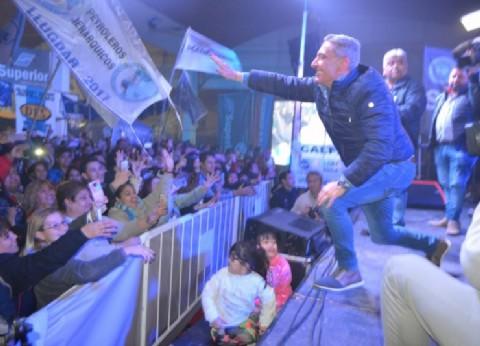 """Arcioni ganó en Chubut y llamó a la unidad: """"Los brazos de este gobernador y equipo están abiertos"""""""
