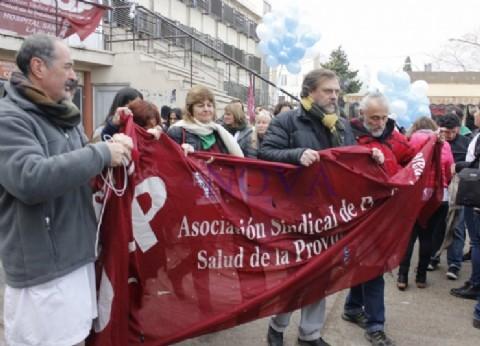 Por el ninguneo del Gobierno, vuelven a parar los hospitales públicos bonaerenses
