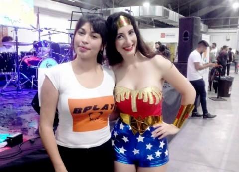 """Cerró con éxito el evento de la cultura pop """"B-Play"""" realizado en Berazategui"""