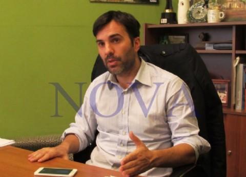 Castelli: el intendente Echarren definió a sus concejales y busca su reelección