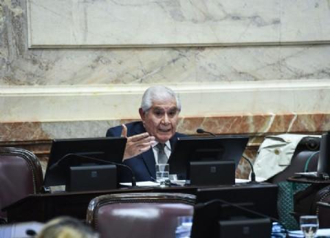 """Pereyra contra la reforma laboral: """"Jamás voy a votar contra los trabajadores"""", dijo el senador neuquino"""