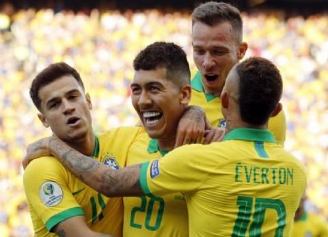 De menor a mayor: Brasil goleó a Perú y se clasificó primero en su grupo