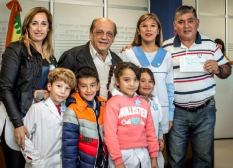Otorgan subsidios a 16 instituciones públicas de Berazategui