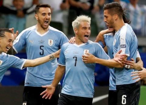 A puro golazo, Uruguay pasó por arriba a Ecuador en el inicio del Grupo C