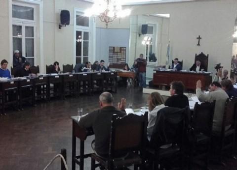 Concejales y funcionarios lujanenses se juegan millones de pesos en una ruleta que no se detiene