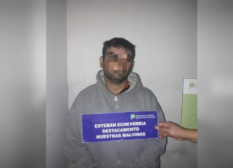 """""""Qué tendrá el petiso, que vende falopa"""": atrapan a """"El Riqui"""", un narco que operaba en Monte Grande"""