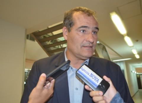 El diputado Escudero presentó una denuncia por la falta de gas en las escuelas de La Plata