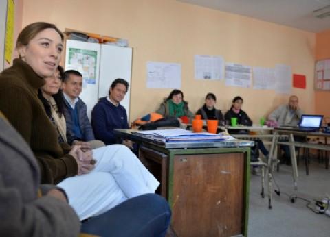 En la provincia 645 mil adultos se inscribieron para terminar el secundario