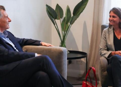 ¡Tarde piaste, pajarito! Macri recibió a la científica que fue a la televisión para pedir fondos
