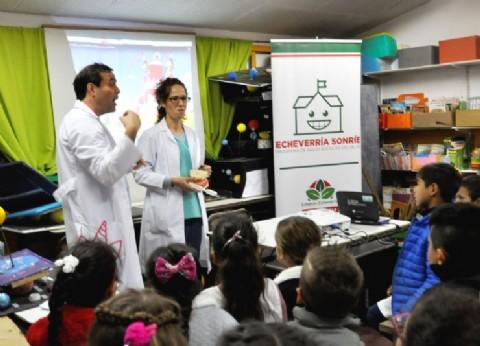 """""""Echeverría Sonríe"""": el programa de salud bucal llegó a Monte Grande y 9 de Abril"""