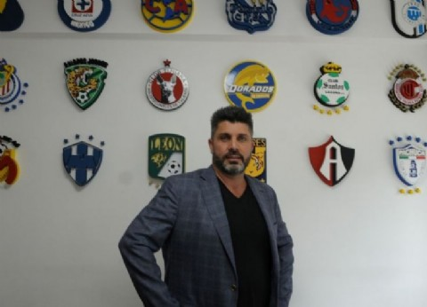 Oscuro por donde se lo mire: el representante Cristian Bragarnik allanado por la Justicia