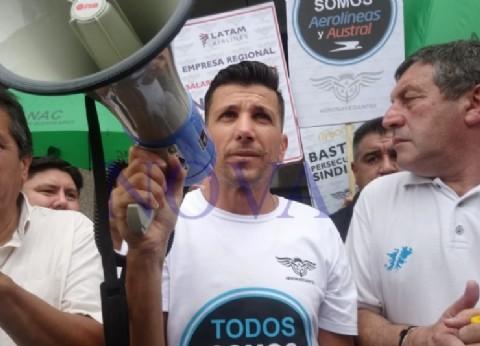 """Aeronavegantes realizará una protesta en Aeroparque en reclamo de paritarias y """"trabajo nacional de calidad"""""""
