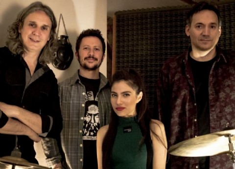 """La banda Sol y Los Terrestres presenta su single """"Desierto"""""""