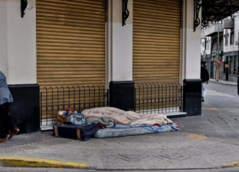 En pampa y la vía: 25 por ciento más de personas en situación de calle en relación a 2017