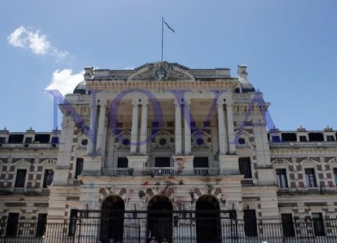 Tensión por amenazas de bombas en la Gobernación y en la Legislatura bonaerense